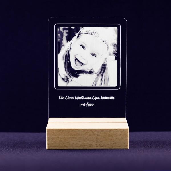 Acrylglasbild mit Fotogravur inkl. Buche-Sockel